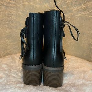 Chase + Chloe Shoes - Combat boots